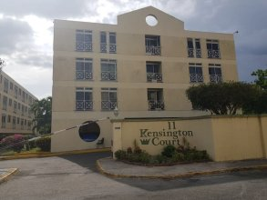 New Kingston Apt at Kensington Court