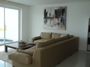 3 Bedroom Sea View Sunset Apartment