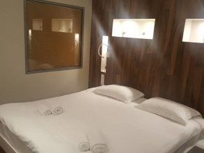 MJ Luxury Suites