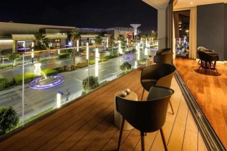 Luxurious Getaway Right Across City Walk Mall