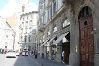 Via Roma Suites