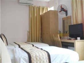 Red Hotel - Thuy Khue