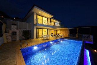 Villa Kaan by Akdenizvillam