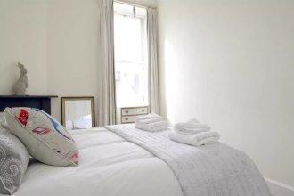 2 Bedroom City Centre Apartment Sleeps 4