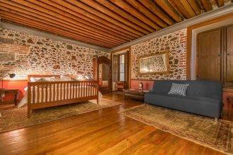 CASA SAUTO Wonderful Vintage Luxury Suite
