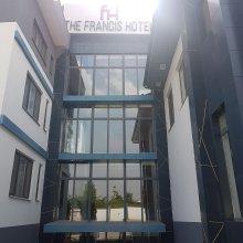 Francis Hotel
