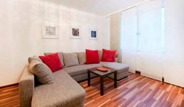 Quiet, spacious 2-rooms-flat nearby Citycenter
