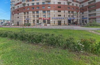 FlatHome24 metro Komendanskiy prospect