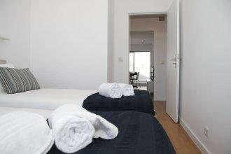 Liiiving in Porto Bright Balcony Apartment