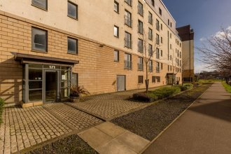411 - Corinthian Quay Apartment