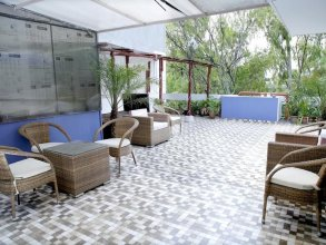 Maplewood Guest House, Neeti Bagh, New Delhiit is a Boutiqu Guest House - Room 5