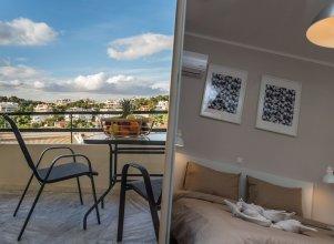 51m² Renovated Apartment in Vouliagmeni
