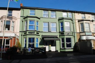 McHalls Bed & Breakfast Adults Only