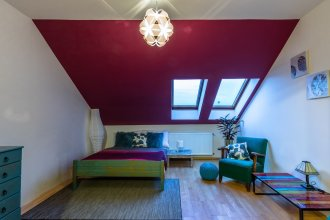 Spacious two storey apartment in Karlin