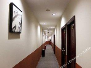 OYO8006 Jingbo Hotel