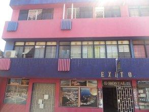 Hostal El Exito - Hostel