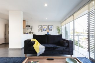 Bright 2BR Condesa Apartment With Balcony