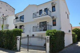 Casablanca Apartments