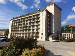 Country Inn & Suites by Radisson, Pigeon Forge South, TN