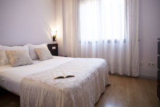 Short Stay Group Camp Nou Serviced Apartments
