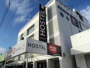 Mundo Joven Hostel Cancun