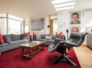Newman 36 Apartment