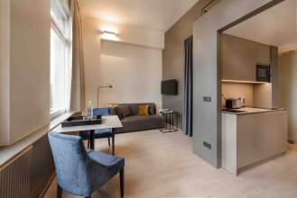OBERDECK Studio Apartment House