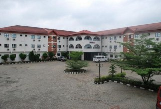 Lawfab Hotel Suitespresidential Apartment for 6