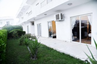 Carlton Deluxe Residences & Apartments