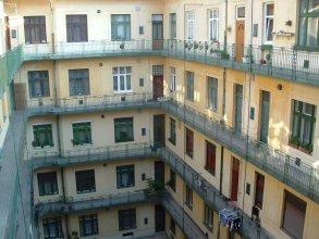 Ace Hostel