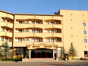 Hotel Yiltok