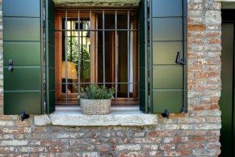 Garden Houses Apartment
