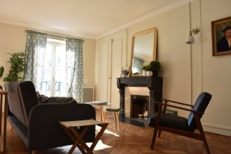 Spacious 2 Bedroom Apartment in Paris 2nd