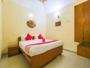 OYO 13747 Tanisha Guest house