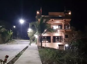 Casa Arcoiris Zihuatanejo