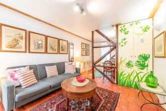 Charming 1BR Apt - 15 Mins to Doca do Alcantara