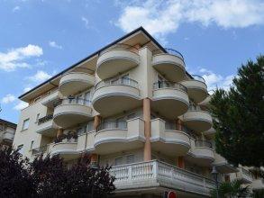 Cosy Apartment in Riccione With Balcony