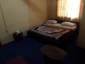 Keblat Hotel  Suites