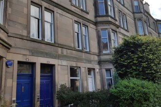 3 Bedroom City Flat in Edinburgh