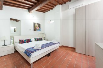 Short-let Florence Apartment Parione