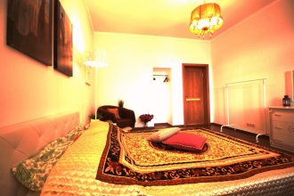 Lakshmi near Kremlin with 2 bedrooms Apartments