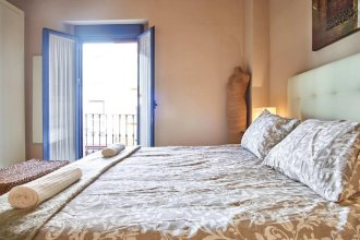 Apartamento Triana Pearl Suites