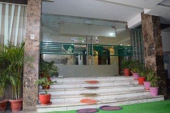 Oyo 8497 Near Delhi Airport