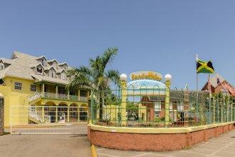 SandCastles Deluxe Beach Resort