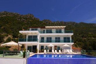 Villa Montana by Akdenizvillam