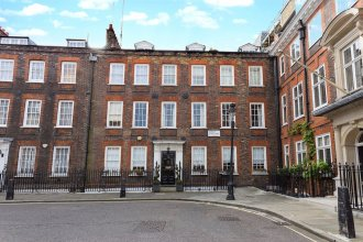 Incredible 2 Bedroom Flat next to Westminster Abbey