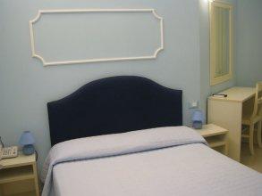 Tiffany Roma Suite