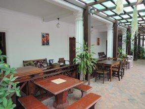 Mani Home & Hostel Luang Prabang