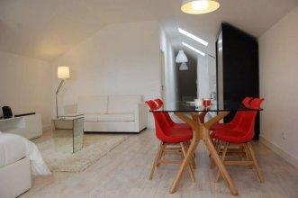 Wallis Apartments