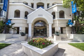 Beverly Hills luxury 2 Bed 2 Bath